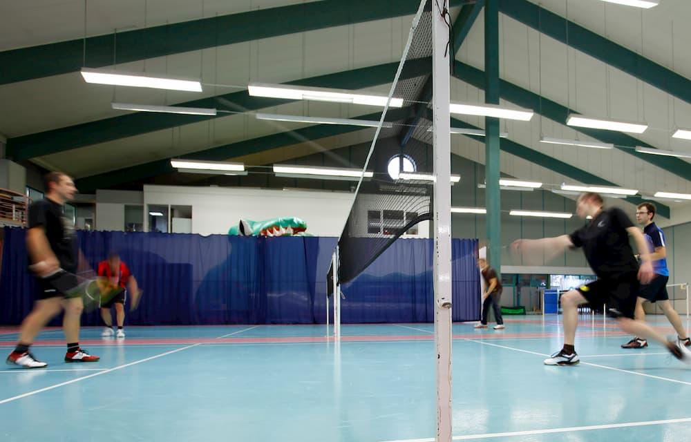 02_Kachel_Badminton