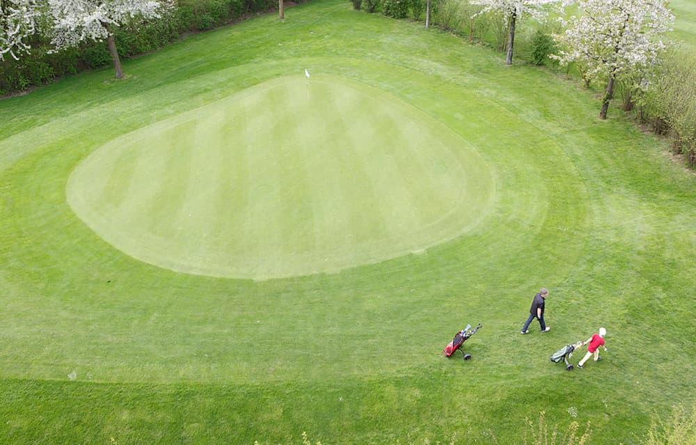 02_Start_Kachel_Golf